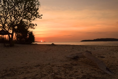 Gili Kedis during the sunset