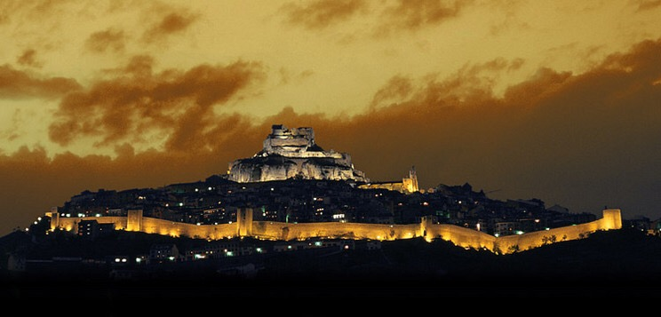 Morella by the night - Photo from Morella Turistica Website