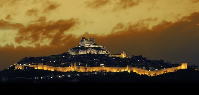 Morella by the night - Photo from Morella Turistica Website