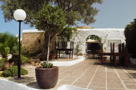 Ibiza´s architectural style - all in white